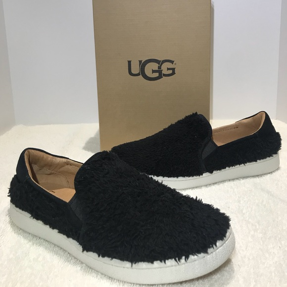 5f0cb32a349 UGG Ricci Slip On Sneakers Black Furry Fuzz NEW NWT
